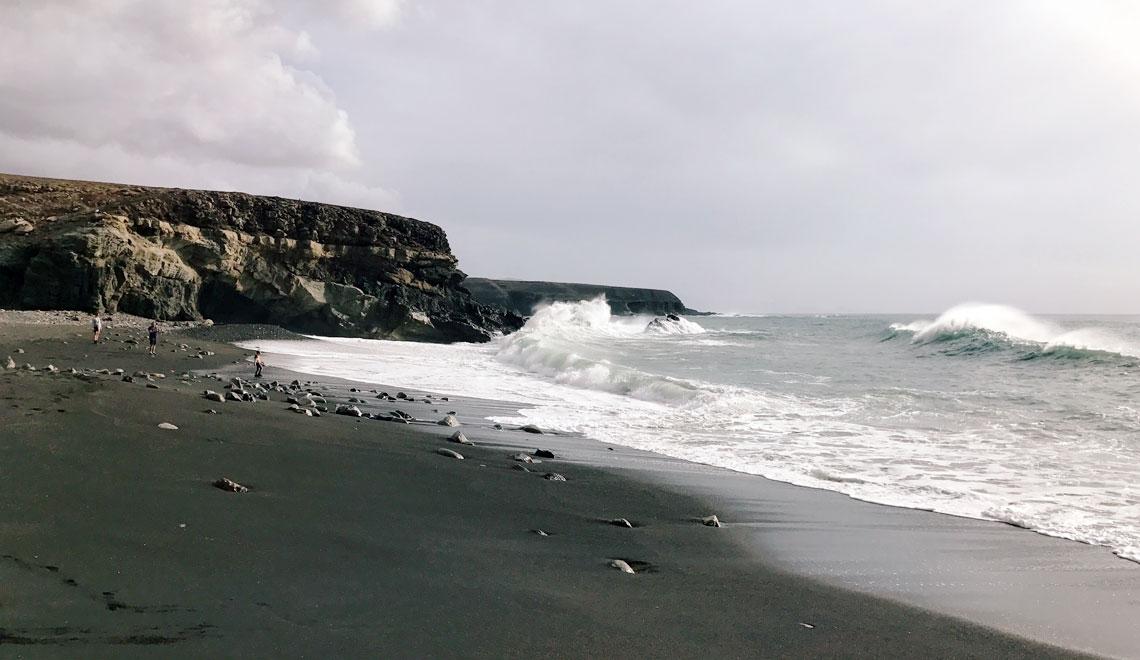 Fuerteventura spiaggia nera Ajuy